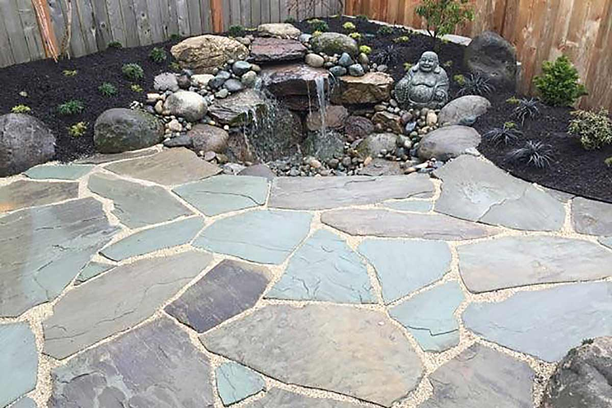 Irreguar Cut Bluestone patio