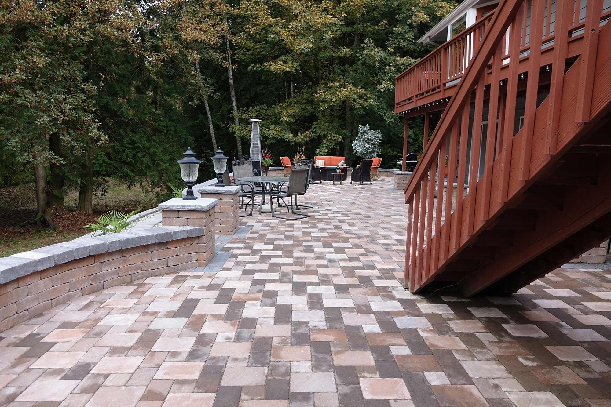 Dominion Slate paver patio