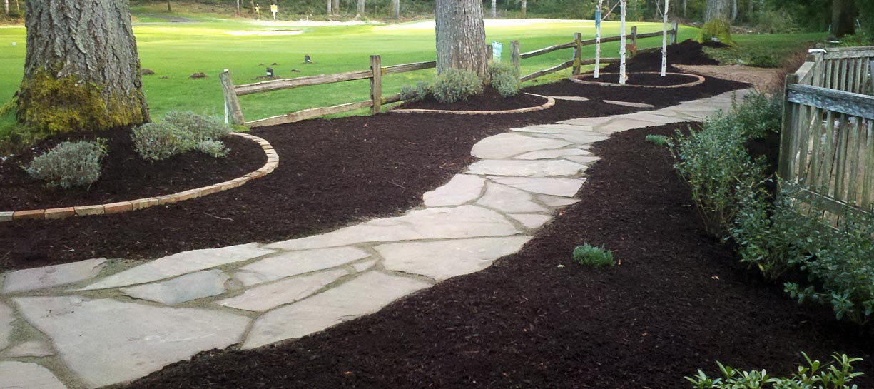 Flagstone Path set in gravel